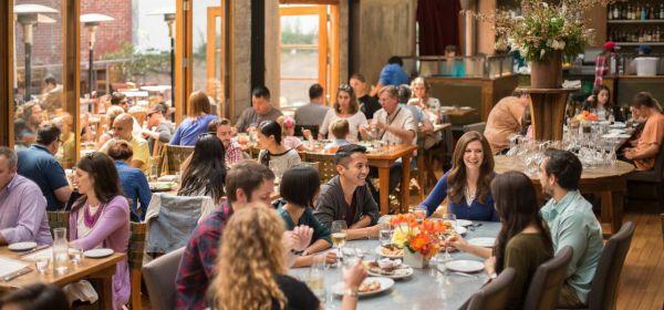 Difference between Cafe restaurant - Restaurant