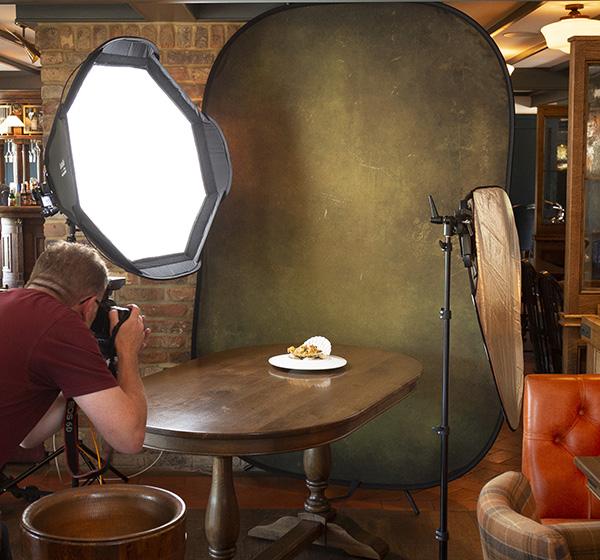 Cum fotografiezi simplu un platou cu mancare