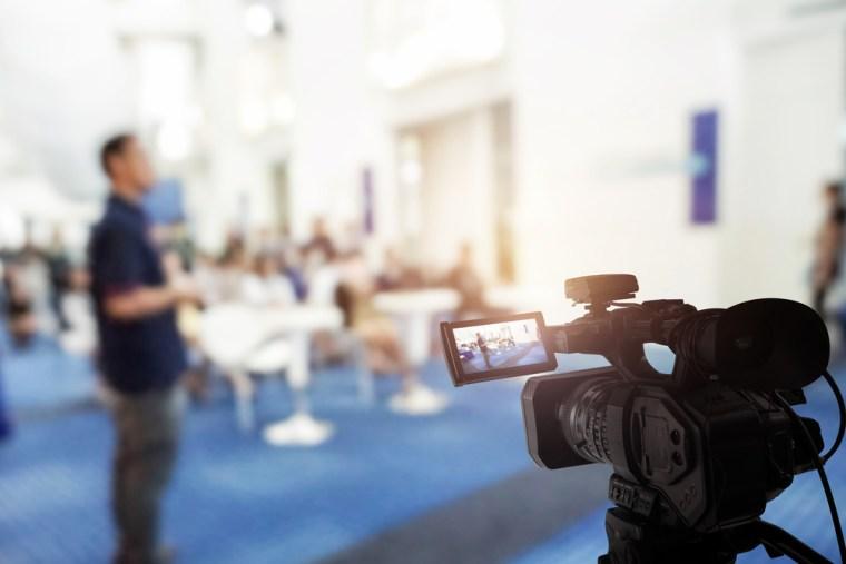 Continutul video live în ascensiune în marketingul digital