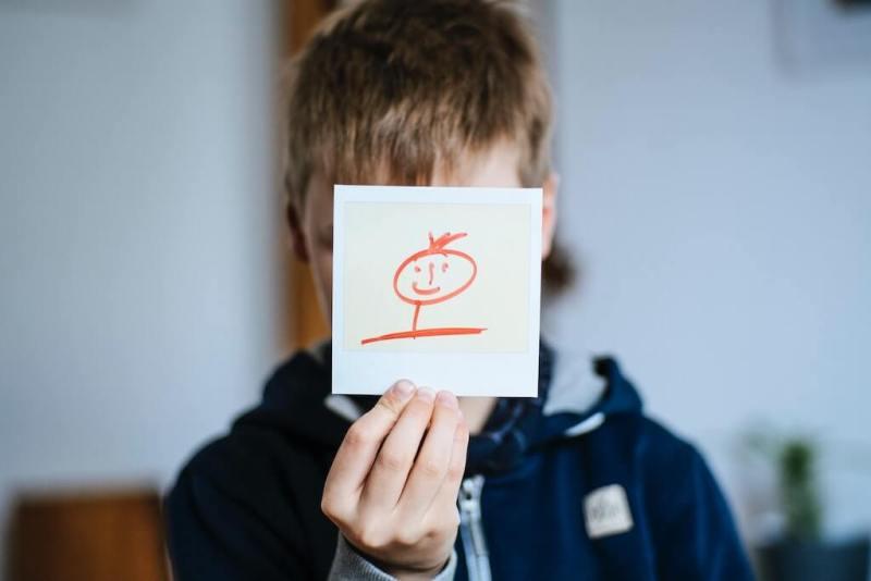 fotografie-copii-stimulare-creativitate-curiozitate-aparat-foto-instant-photosetup