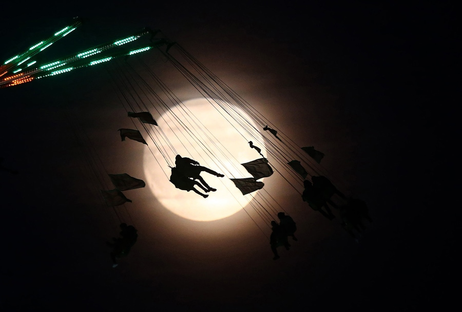 Photo by Neil Hall/Reuters