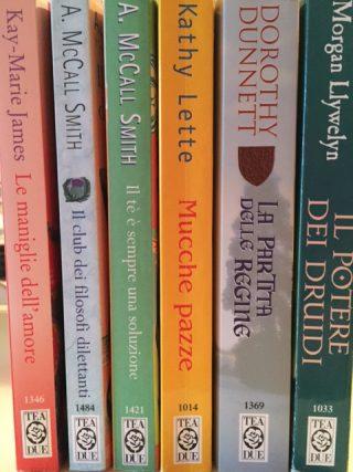 Nuove collaborazioni: direttamente dalla mia cucina, ecco qualche esempio di libri TEA che ho in casa (ve li consiglio tutti, ovviamente)