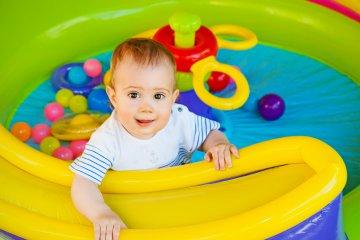giocattoli per i neonati