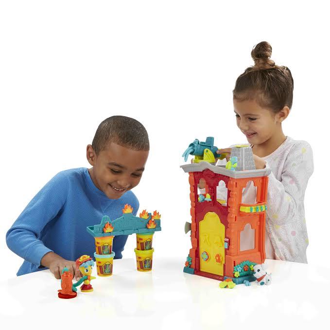 Play-Doh Town per inventare la città ideale