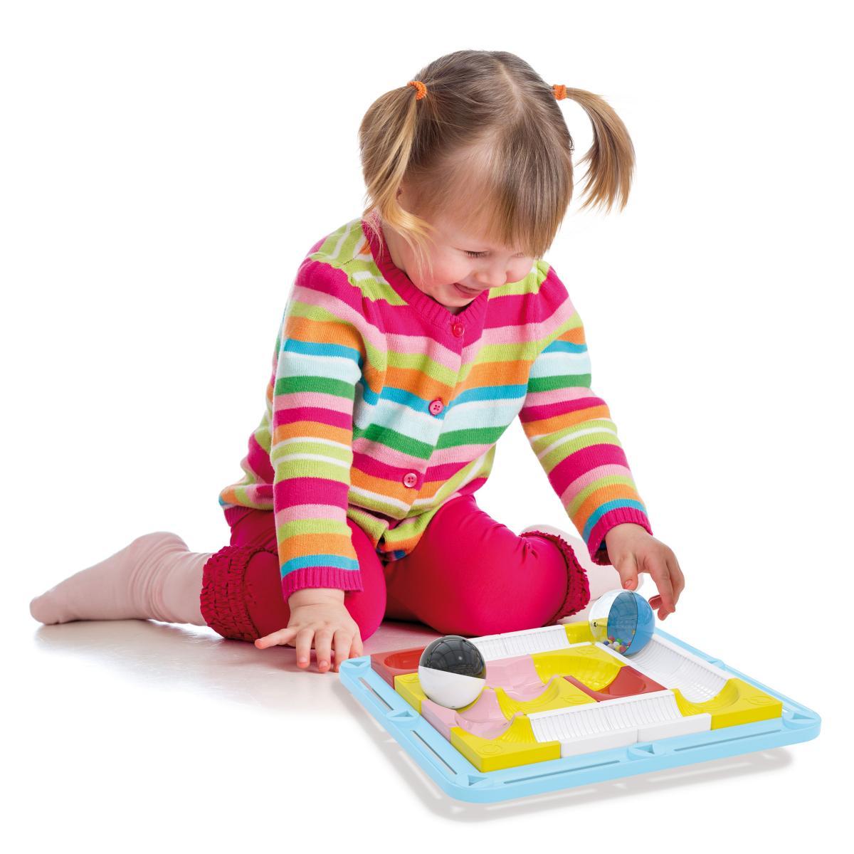 Quercetti propone un labirinto a dondolo per piccoli