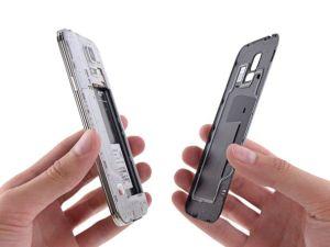 Peel-the-battery-door-off-this-GS5