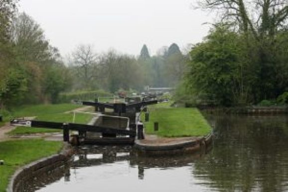 Narrow locks on the south Stratford canal