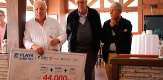 Entrega de Cheque por valor de 44.000 kilos de alimentos