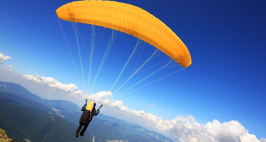 5 Terrific Paragliding Destinations In India For The Adventure ...