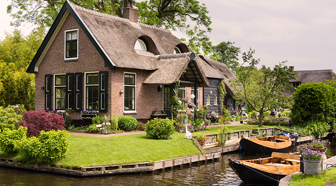 A Guide To Giethoorn P O Ferries Blog