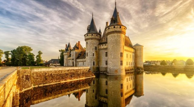 Anti-Valentine's Day Destinations for Singles: Loire Valley Castles