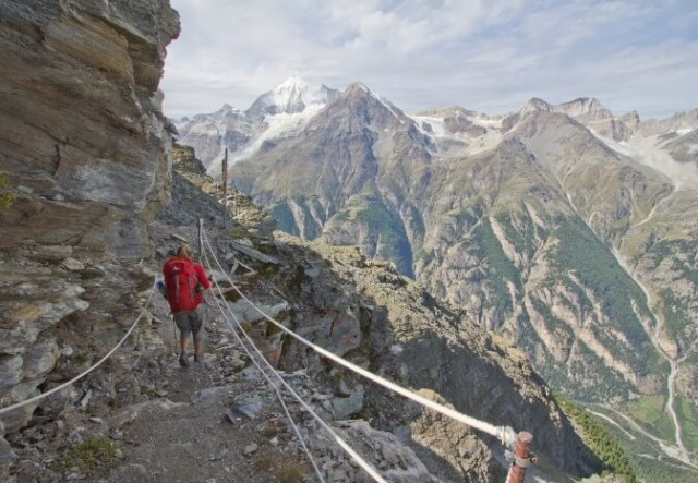 Walk the Haute Route in france