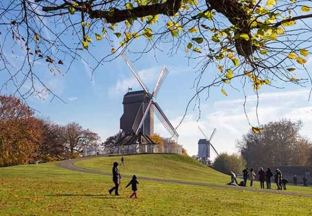 Bruges at Easter - Windmills