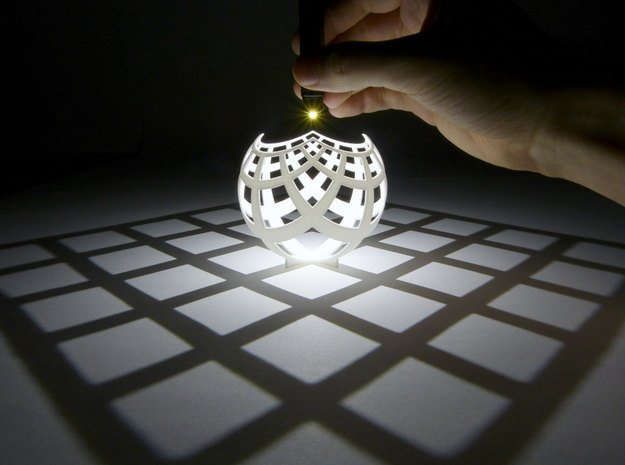 Mathematician Henry Segerman uses 3D models to illustrate mathematical concepts. Image from Science Alert. See link above.