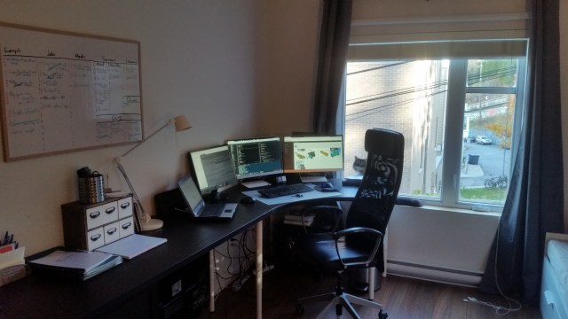 Quentin's current workspace.