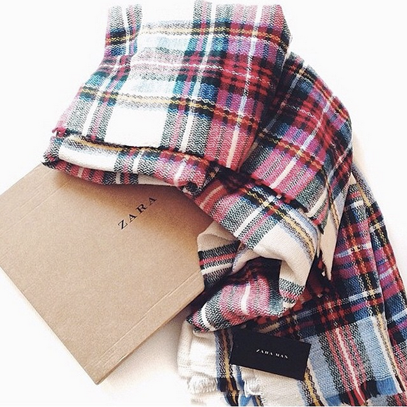121214_posh picks_zara blanket scarf