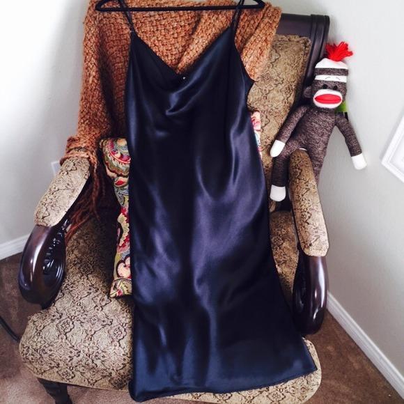 022515_posh glossary_slip dress