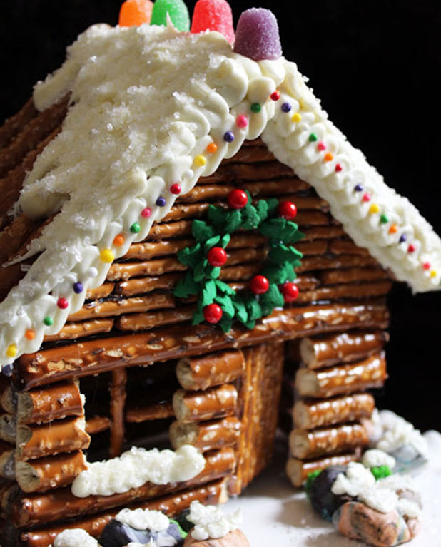 Gingerbread-Cabin