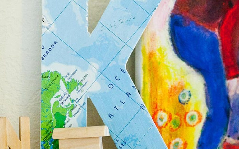 Around The World Kids Map Decor