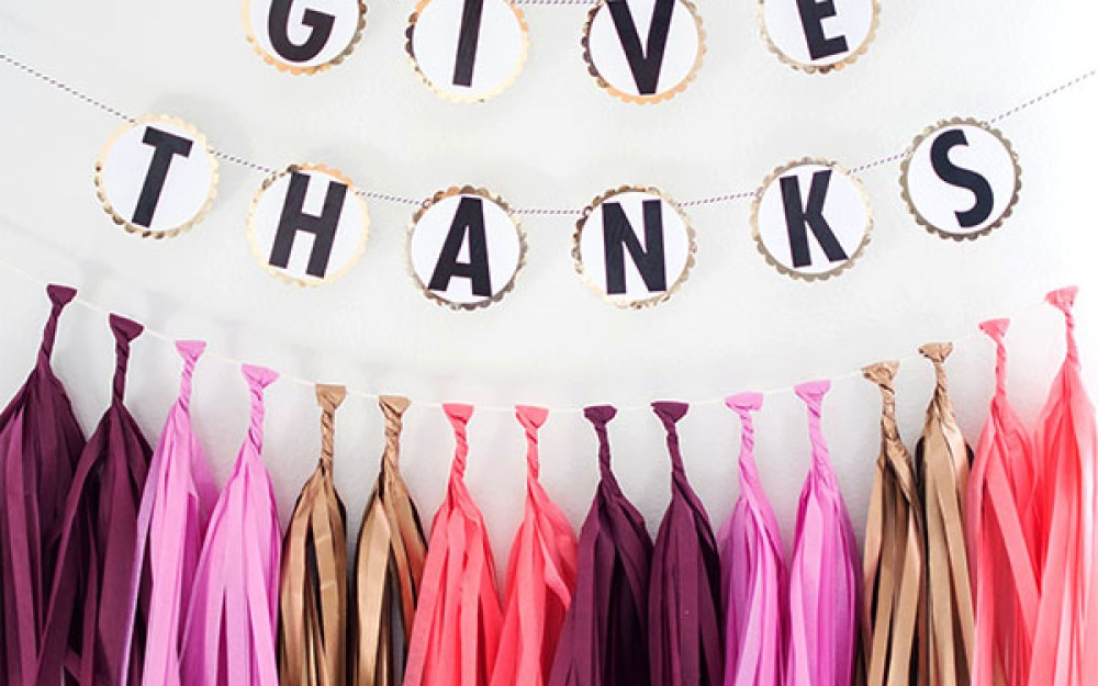 DIY-Garland-Give-Thanks
