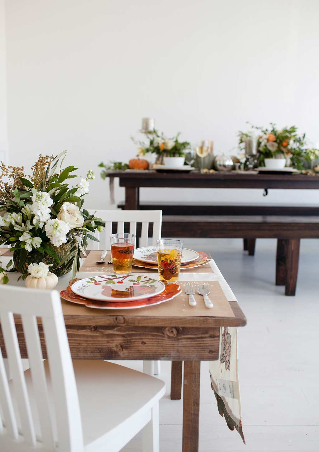 Adult And Kids Thanksgiving Table Decor