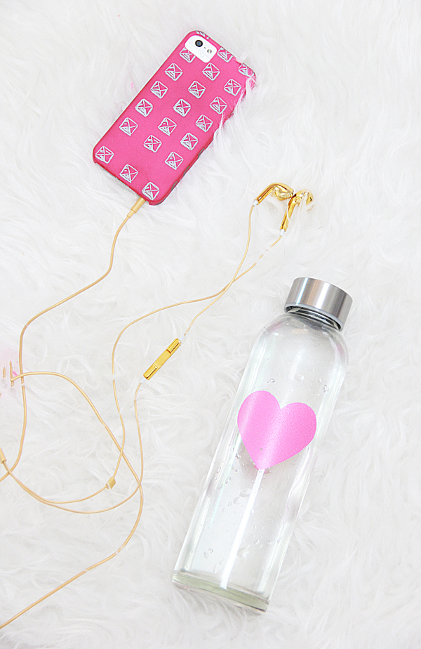 Diy Heart Water Bottles For Valentine S Day Pottery Barn