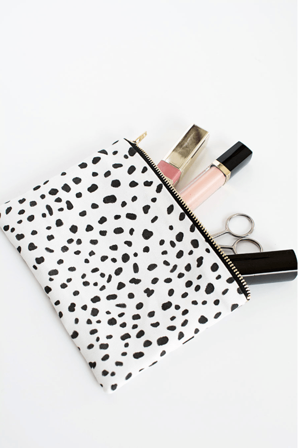 Diy Makeup Pouch Inspired By Emily Amp Meritt Pottery Barn