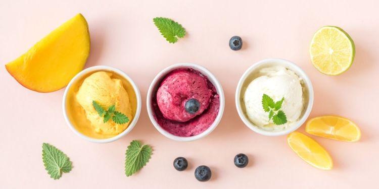 Tout savoir sur les glaces ! - sorbets aux fruits (mangue, myrtille et citron)