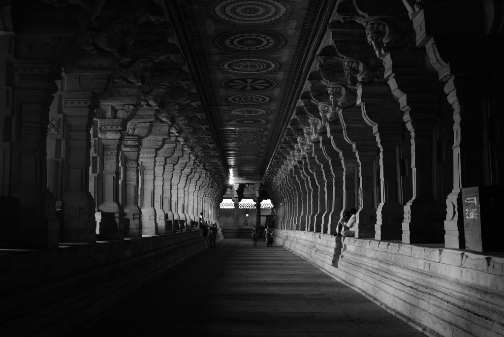 Ramanathaswamy Temple, TamilNadu, India Flickr@Earth-Bound Misfit