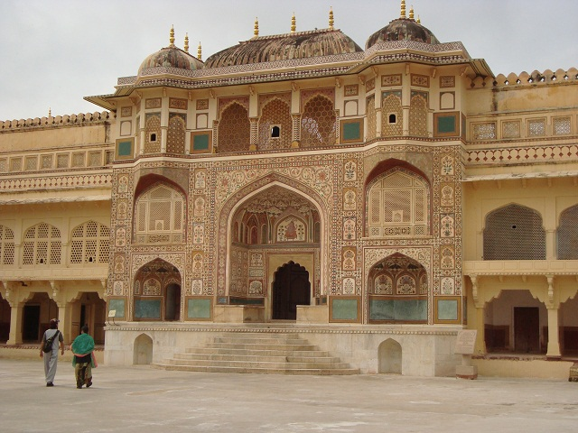 Amber Fort-places to visit in Jaipur