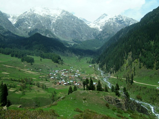 best season to visit kashmir