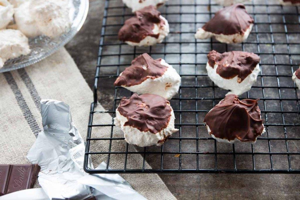 Biscotti cocco cannella e cioccolato