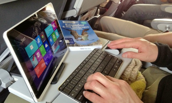 Ноутбук мәтіндер жиынтығына қарағанда планшеттен жақсы