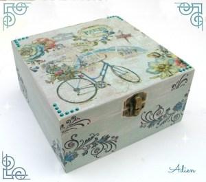 Adien Crafts - Shabby Chic Box