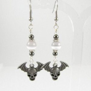 Alien skull earrings - Helenka White Design