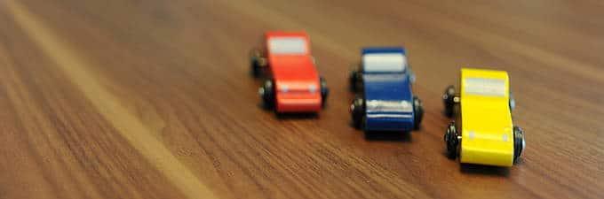 Wenig Varianten: drei Farben, ein Fahrgestell. Senkt Kosten.