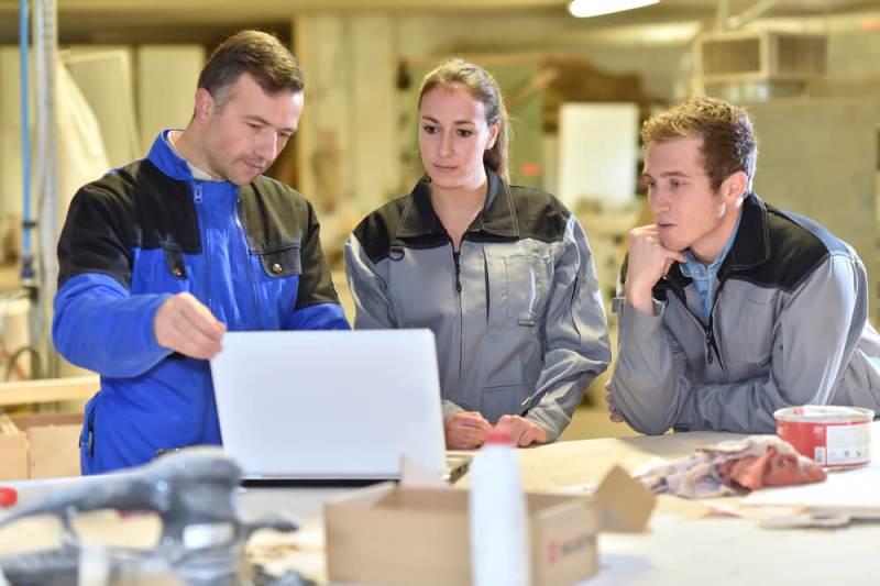 Implementação de ERP: o que é necessário para fábrica de móveis