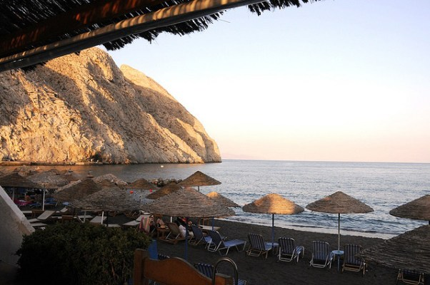 Beach Bars in Greece: Theros