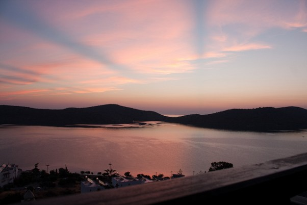 holidays in Greece: sunrise elounda bay