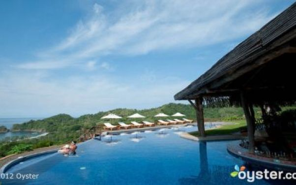 3_The-Infinity-Pool-at-the-Hotel-Punta-Islita
