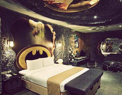 Batman Hotel Room from Purple Travel