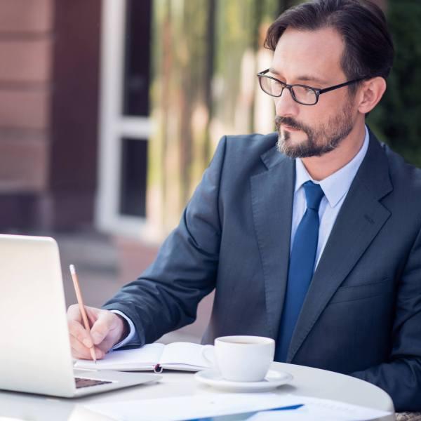 [:pb]As 7 características de um bom profissional da qualidade[:]