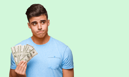11 Downsides to Using Cash