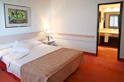 Hotel USA Chamartin 4*