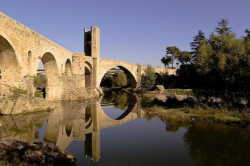 Puente de Besalú (Girona)