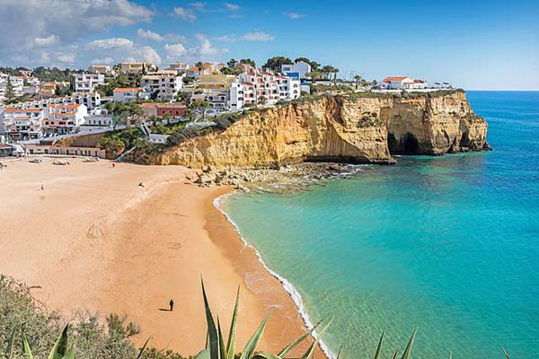 Playa de Carvoeiro en Lagoa Algarve
