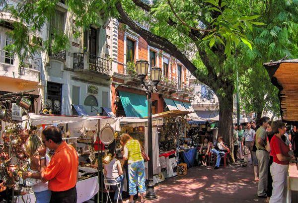 Mercadillos en San Telmo, Buenos Aires