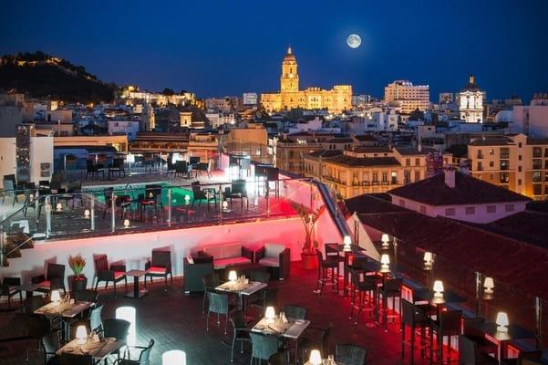Salles Hotel en Malaga, terraza en Málaga