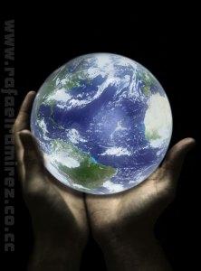 El mundo en tus manos. Fotografía Rafael Ramírez (2008)