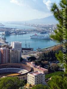 Málaga asoma así al Mediterraneo 2. Fotografía de la ciudad. Rafael Ramírez (2007)